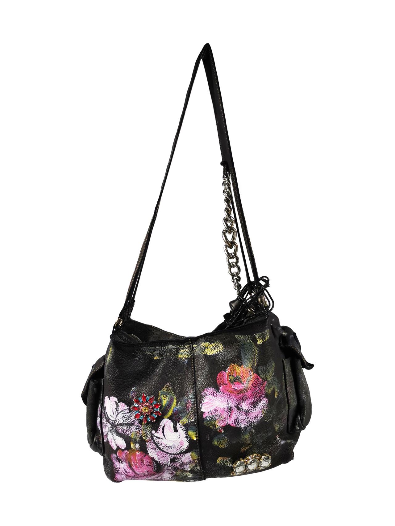 uomo-e-donna-ma-anche-accessori-borsa
